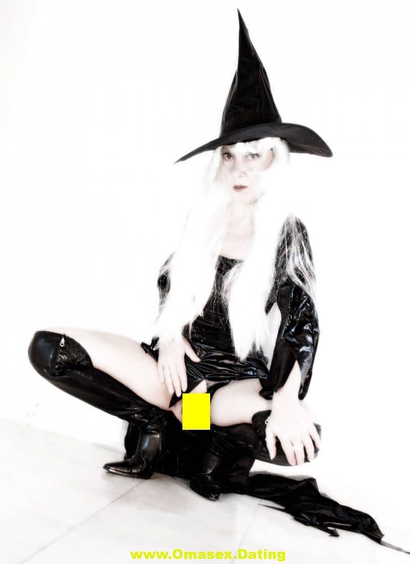 Gothic MILF